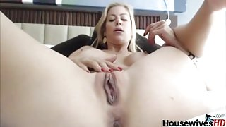 Blonde pornstar Alexis Fawx with silicon tits