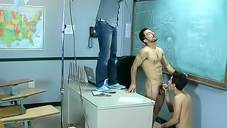 Sexy dude is making blowjob to his teacher