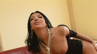 Daring brunette does a terrific blowjob and gets nailed in a MMF clip