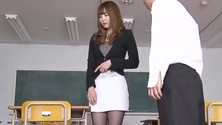 Gorgeous Japanese teacher gets nailed in a classroom