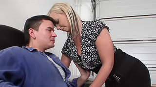 Blonde milf exposes her tits and pussy and she gets fucked