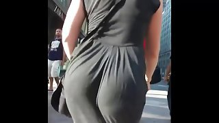 hot jiggling ass  2015